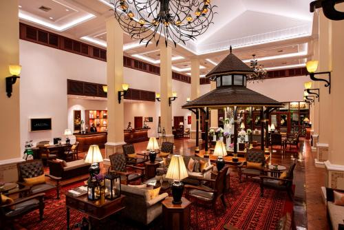 A restaurant or other place to eat at Sofitel Angkor Phokeethra Golf & Spa Resort