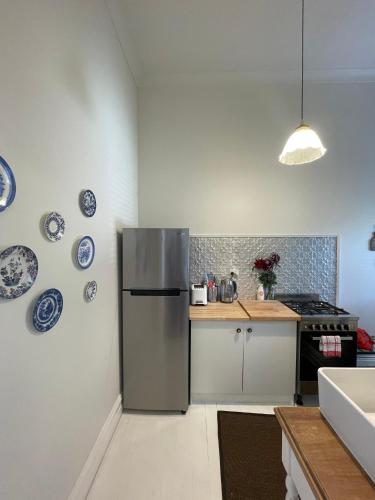 A kitchen or kitchenette at Webster Terrace