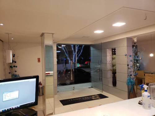 A kitchen or kitchenette at Lagoa Park Hotel
