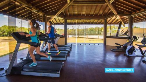 The fitness centre and/or fitness facilities at Vila Galé Resort Marés - All Inclusive