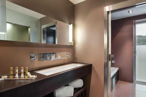 Un baño de Eurostars Valbusenda Hotel Bodega & Spa