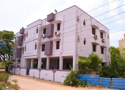 Aishwaryam Deshna Service Apartment Ambattur Chennai