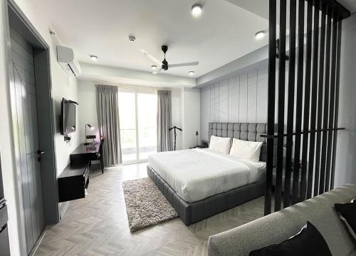 BedChambers Serviced Apartments - MG ROAD