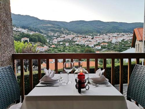 Um restaurante ou outro lugar para comer em Hotel Berne