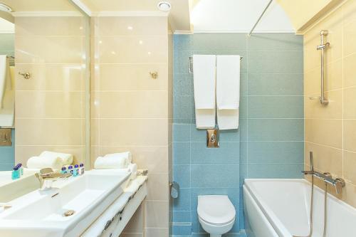 Ένα μπάνιο στο Hotel Europa Olympia