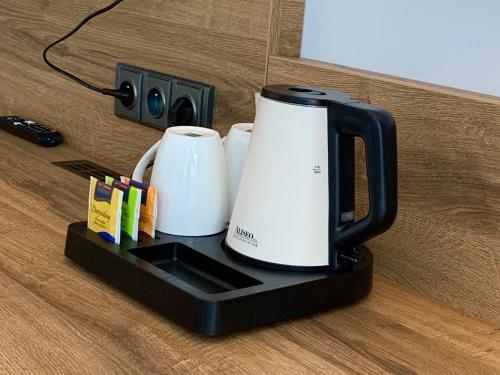 Příslušenství pro přípravu čaje a kávy v ubytování CENTRAL PARK FLORA