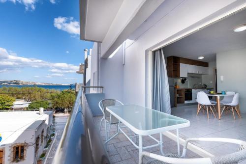 A balcony or terrace at antéste Ierapetra sea & city