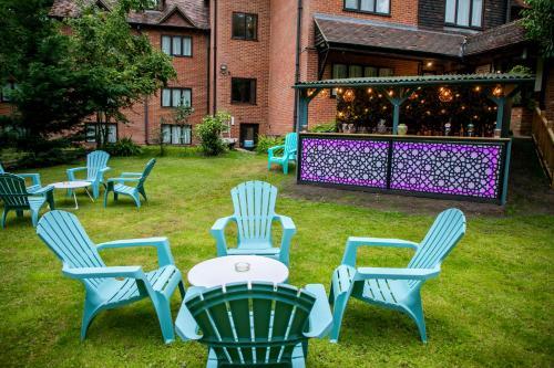 A garden outside The Casa Hotel-Yateley, Farnborough