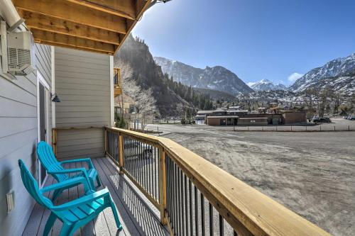 A balcony or terrace at Modern Townhome with Deck Steps to Ouray Hot Springs