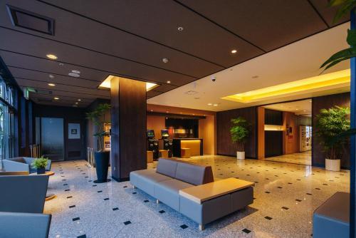 The lobby or reception area at Hakata Nakasu Washington Hotel Plaza