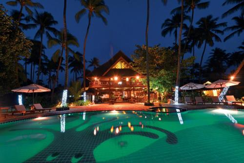 The swimming pool at or near Amazing Ngapali Resort