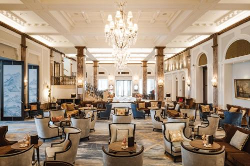 A restaurant or other place to eat at Hotel Atlantic Hamburg, Autograph Collection