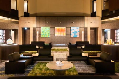 The lobby or reception area at Park Hotel Tokyo