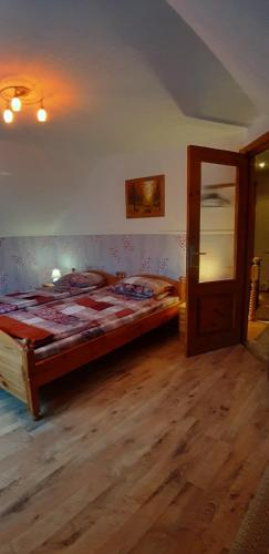 A bed or beds in a room at Atmatas