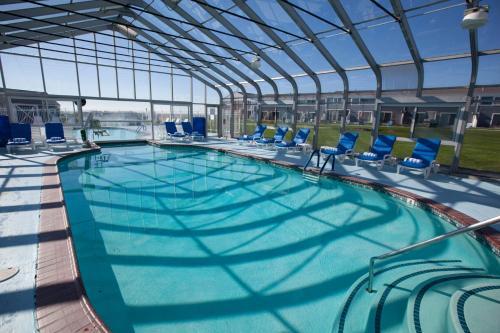 The swimming pool at or close to Edgewater Beach Resort, a VRI resort