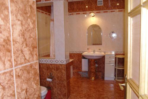 A bathroom at Хостел на Фрунзе 63