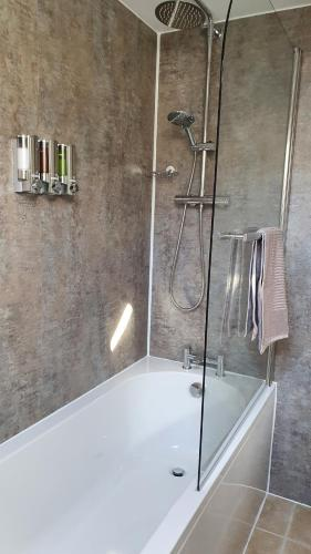 A bathroom at Liongate House