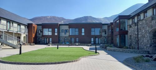 Murrisk Apartments - Self Catering