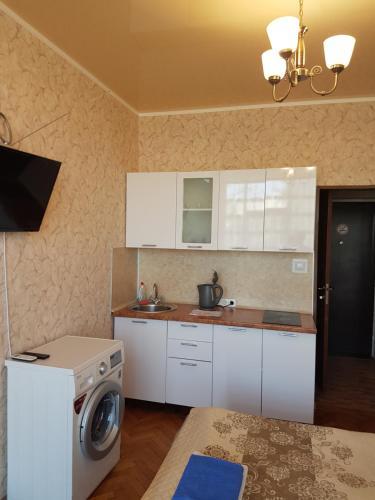 Кухня или мини-кухня в Апартаменты Берег Черного моря