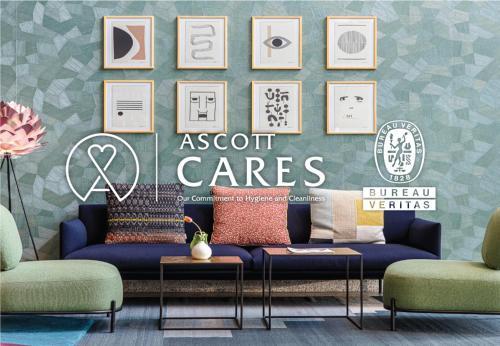 Uma área de estar em Spectrums Residence Managed by The Ascott Limited