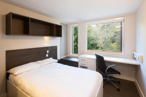 A bed or beds in a room at University of Bath Summer Accommodation