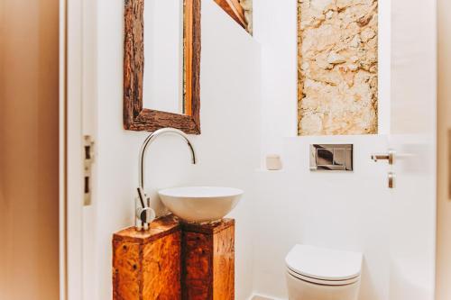 Uma casa de banho em 54 Santa Catarina Apartments