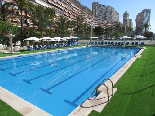 The swimming pool at or near Hotel Albahia Alicante