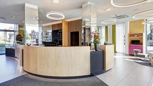 The lobby or reception area at Hotel am Remspark