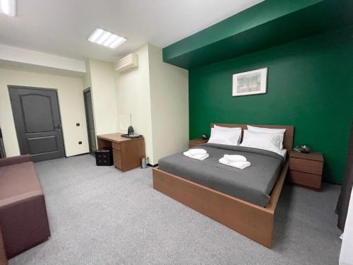 Кровать или кровати в номере Guest House Four Rooms