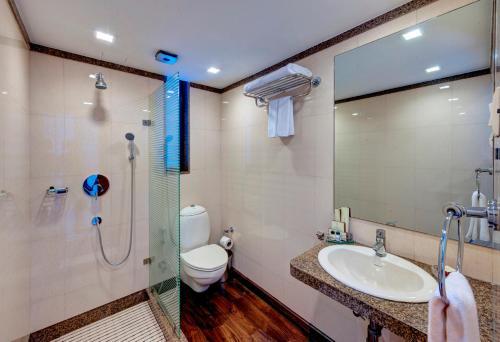 A bathroom at Hotel Casa Fortuna