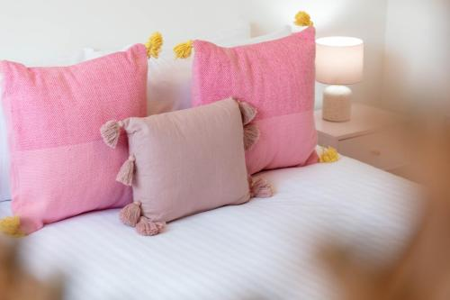 A bed or beds in a room at Walker Suite No52 - Donnini Apartments