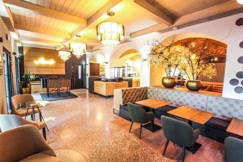 Lounge nebo bar v ubytování Hotel Mariel Znojmo