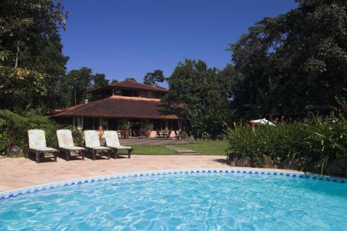 A piscina localizada em Itamambuca Eco Resort ou nos arredores