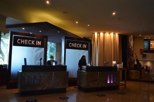 The lobby or reception area at Hard Rock Hotel Cancun - All Inclusive