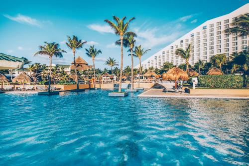 The swimming pool at or near Iberostar Selection Cancun