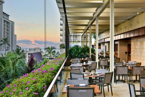 A restaurant or other place to eat at Trump International Hotel Waikiki