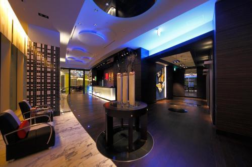 The lobby or reception area at New Otani Inn Yokohama Premium