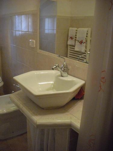 A bathroom at Apartment in Castelferretti/Marken 22761