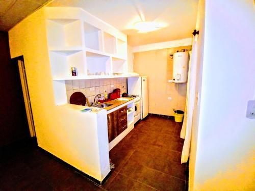 Una cocina o kitchenette en Departamento La Morenita