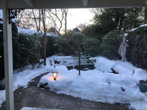 B&B Het Tuinhuisje during the winter