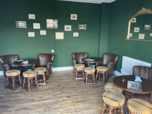 A restaurant or other place to eat at The Nags Head - Room only accommodation