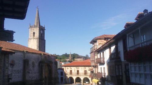 The surrounding neighborhood or a neighborhood close to the inn