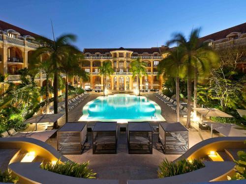 The swimming pool at or close to Sofitel Legend Santa Clara Cartagena