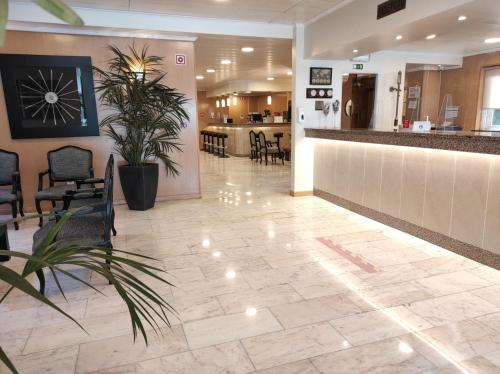 The lobby or reception area at Hotel Sao Mamede