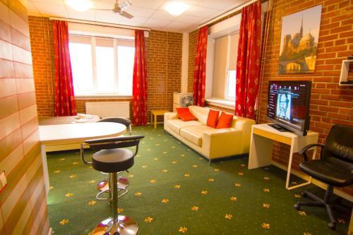 Гостиная зона в HF Hotel