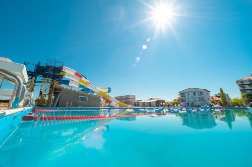 Бассейн в Ruta Resort & Event Hotel или поблизости