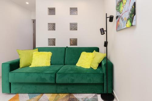 A seating area at Apartament Zielony Sopot Karlikowo by Renters