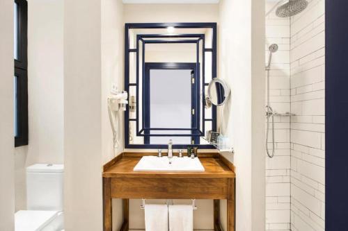 Een badkamer bij Hotel Market