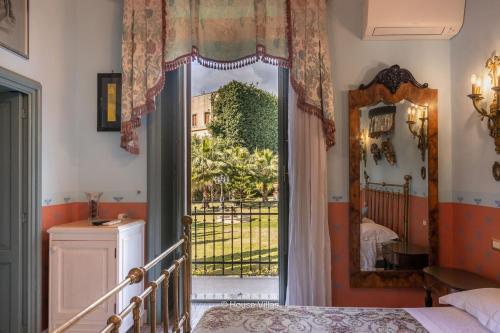 Cucina o angolo cottura di Alexander Art Nouveau Suites