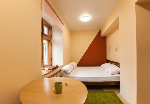 Ліжко або ліжка в номері Dream Hostel Odessa